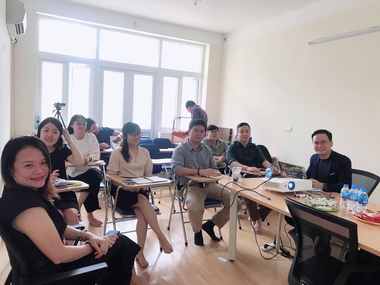 Vinh Thái tổ chức buổi training 3M CSD